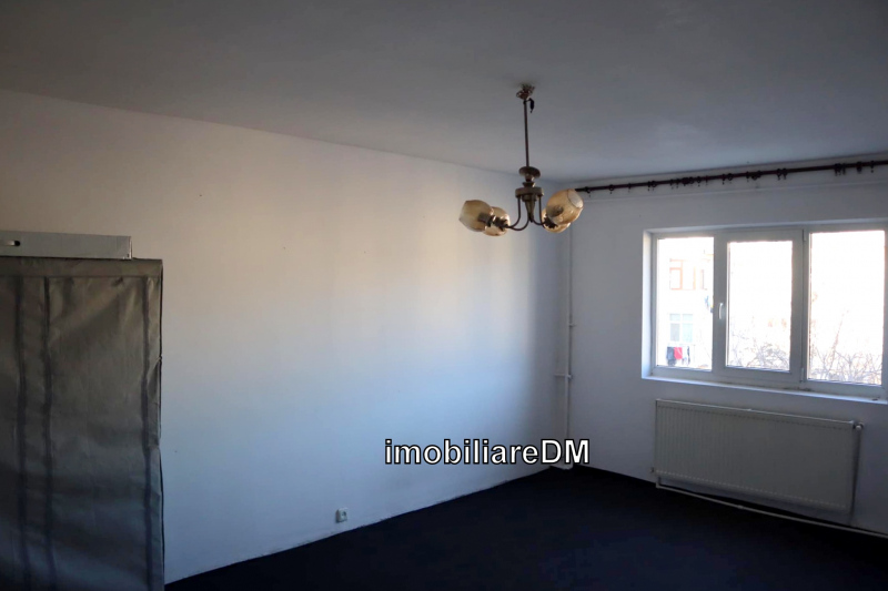 inchiriere-apartament-IASI-imobiliareDM7AUTXCVBNBNCVB5241636